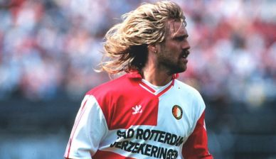 Former Feyenoord legend John de Wolf joins coaching staff